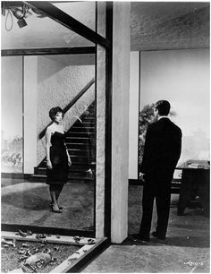 La Notte, Regia Michelangelo Antonioni, 1961, con Marcello Mastroianni, Monica Vitti, Jeanne Moreau.