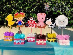 Pink Girl Farm Theme birthday party wood guest table
