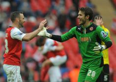 Goalkeeper Chris Maxwell believes Fleetwood Town can enjoy promotion again after penning a new two-year-deal.