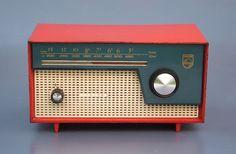 Philips BOX97U, 1959 Vintage Love, Vintage Colors, Retro Vintage, Retro Radios, Lps, Radio Usa, Radio Design, Audio, Transistor Radio