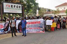 [News] : Arrest Fayose now Women youths besiege tell EFCC