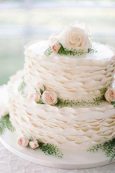 Summer wedding cakes | weddingomania