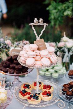 Great idea for wedding...elegant!