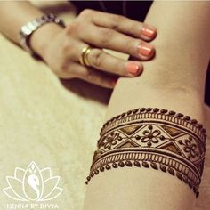 Amazing Advice For Getting Rid Of Cellulite and Henna Tattoo… – Henna Tattoos Mehendi Mehndi Design Ideas and Tips Henna Hand Designs, Mehndi Art Designs, Latest Mehndi Designs, Mehndi Designs For Hands, Tattoo Designs For Girls, Henna Tattoo Designs, Bridal Mehndi Designs, Mehndi Tattoo, Henna Mehndi