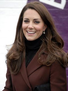 Kate Middleton Duchess of Cambridge Liverpool visit Kate Middleton Hair, Kate Middleton Photos, Duchess Kate, Duchess Of Cambridge, Best Hair Straightener, Princess Kate, Queen Kate, Queen Elizabeth, Cute Hairstyles