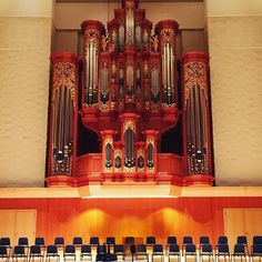 The spectacular organ at Pacific Lutheran University #plu #collegevisits