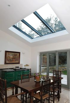 Why not pop a small rooflight in a kitchen extension as an alternative to Velux windows? It would add in lots of extra light. Kitchen Diner Extension, Open Plan Kitchen, Kitchen Extension Roof Lights, Kitchen Dining, Extension Veranda, Roof Lantern, Roof Window, Loft, Luz Natural