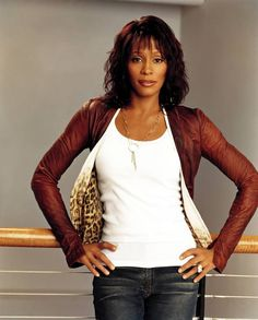 Whitney Houston - so pretty, great picture