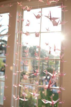 40 examples of origami crane decoration - # 1000 Paper Cranes, 1000 Cranes, Origami Wedding, Diy Wedding, Wedding Reception, Wedding Props, Paper Swan, Neon Licht, Instalation Art