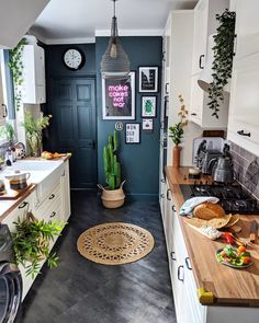 Find Tons of Decor Inspiration in This Quirky and Colorful UK Home - This bold . Find Tons of Decor Inspiration in This Quirky and Colorful UK Home - This bold and bright home features interesting wall paint colors (from navy blue to pink) and wallp - Diy Home Decor, Room Decor, Funky Home Decor, Decor Crafts, Diy Decoration, Diy Crafts, Bright Homes, Eclectic Decor, Eclectic Kitchen