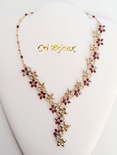 gold fuchsia crystal flower cascade necklace for sale - Flores Beaded Necklace Patterns, Bracelet Patterns, Beaded Earrings, Beaded Bracelets, Seed Bead Jewelry, Bead Jewellery, Collar Floral, Jewelry Crafts, Handmade Jewelry