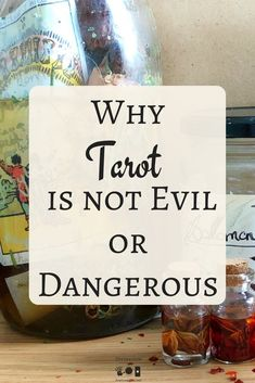 What Are Tarot Cards? Made up of no less than seventy-eight cards, each deck of Tarot cards are all the same. Tarot cards come in all sizes with all types Intuition, Tarot Cards For Beginners, Tarot Astrology, Tarot Card Meanings, Tarot Spreads, Tarot Readers, Psychic Readings, Oracle Cards, Card Reading