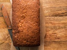 Cookbook author and baking authority Flo Braker created this recipe exclusively for Epicurious. The basic recipe is moist and full of pure banana flavor, but if you'd like to… Quick Bread Recipes, Banana Bread Recipes, Cooking Recipes, Epicurious Recipes, Muffin Recipes, Cooking Ideas, Yummy Recipes, Delicious Desserts, Vegetarian Recipes