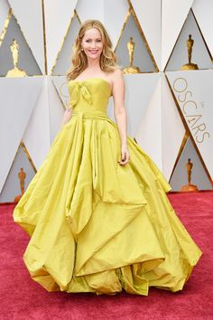 See All The Looks From the Oscars 2017 Red Carpet