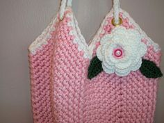Free+Crochet+Pouch+Pattern | Leaves shown on my One Squared Purse pattern which is available for ...