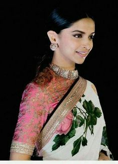 Are you researching for the best Modern Saree and products like Elegant Saree and Bollywood sari then you'll like this Click visit link for more details Sabyasachi Sarees, Indian Sarees, Anarkali, Silk Sarees, Indian Dresses, Indian Outfits, Saris Indios, Deepika Padukone Saree, Belle