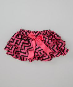 Look at this #zulilyfind! Hot Pink & Black Zigzag Bow Ruffle Diaper Cover - Infant by Dress Up Dreams Boutique #zulilyfinds