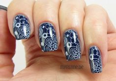 Blue Floral Nails mit Style Cartel (ESSIE, Fall Collection 2014)