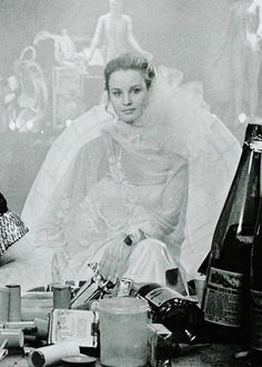 Jessica Lange in All That Jazz Costumes by Albert Wolsky. Jessica Lange Young, Let's Get Married, All That Jazz, Royal Babies, Alyson Hannigan, Film Quotes, Meryl Streep, Jennifer Garner, Celebrity Babies