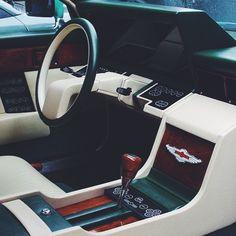When ambitions were higher than expectations #dcncars #dcnlifestyle Aston Martin Lagonda dashboard 1985 #astonmartinlagonda