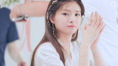 Yuehua Entertainment, My Princess, Chara, Nayeon, Pretty Face, Asian Beauty, Ulzzang, Idol, Layout