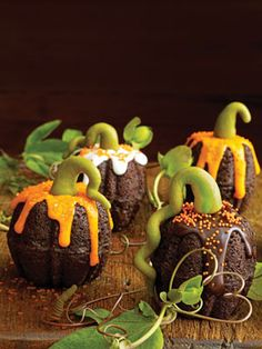 Mini-Pumpkin Cakes