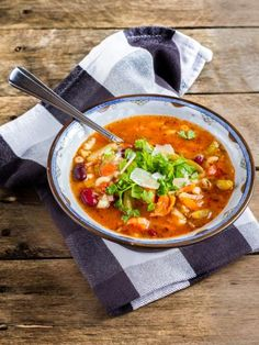 Soupe minestrone de Ludivine - Recette de cuisine Marmiton : une recette