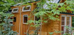 stunning-tiny-house-vacation-with-sauna-hope-cottage-christopher-tack-001