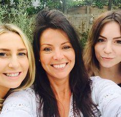 Anne and Gemma Harry Styles Family, Anne Cox, Gemma Styles, Holmes Chapel, Best Fan, Sister In Law, Treat People With Kindness, The Fam, Harry Edward Styles