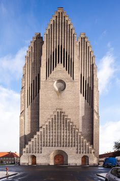 Grundtvig's Church: The largest public Evangelical Lutheran church in Scandinavia.Its design is a combination between a cathedral and the style of old Danish country houses. Designed by Peder Vilhelm Jensen-Klint in the Bispebjerg district of Copenhagen, Denmark.