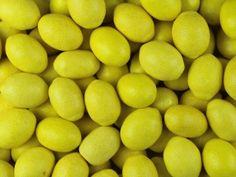 Жев. резинка RUSGUM Лимоны желтые 22 мм 5*300 штук Артикул: 225342 Описание: Жевательная резинка российского производства. Фигурная 22 мм. Цвет: Жёлтый. Вкус: Лимон.
