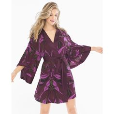 Soma Chiffon Kimono Robe ($80) ❤ liked on Polyvore featuring intimates, robes, abstract lines merlot, merlot, sleepwear & loungewear, light weight bath robe, kimono dressing gown, lightweight kimono, bath robes and open front kimono