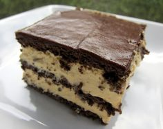 Peanut Butter Eclair Cake | I Love To Cook