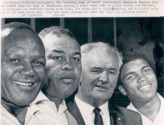 Four champions: Jersey Joe Walcott, Joe Louis, James J. Braddock & Muhammad Ali