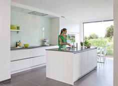 Moderne keuken - Realisaties - Keukens | DEBA Meubelen