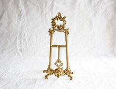 Brass Easel Frame / Art Stand, Metal Display, Vintage Ornate Brass