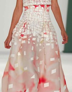 patternprints journal: PRINTS, PATTERNS AND SURFACES FROM NEW YORK FASHION WEEK (WOMAN COLLECTIONS SPRING/SUMMER 2015) / Carolina Herrera
