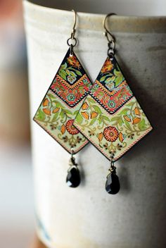 Bold, boho chic earrings. I was so excited when I found the vintage tin these are made from: a tray designed by the Daher company of New York and