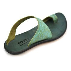 "thong sandal in great color by Cydwok (pronounced ""sidewalk"". ) #Cydwok #shoes #sandal #funky"