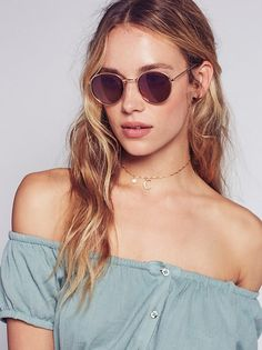 Hannah Ferguson || FP Far Out Round Sunnies (Gold/Orchid)