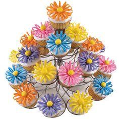 Wilton Puffed Up Petals Cupcakes #mothersday #mom #cupcakes