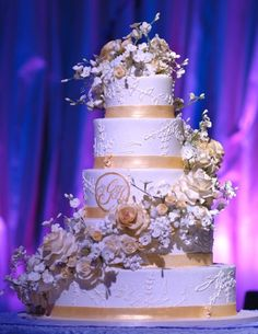 Gold Wedding Cakes Wedding Cakes Photos on WeddingWire