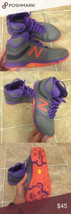 New balance minimus shoes. Like new! New balance shoes like new. I did wear it twice, but it feels a little bit too tight for me since I'm usually size 7 and the shoe is size 6.5! New Balance Shoes Athletic Shoes