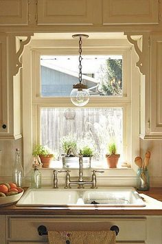 Ideas Farmhouse Kitchen Window Over Sink Decor Kitchen Window Blinds, Window Over Sink, Best Kitchen Designs, Home Decor Kitchen, Kitchen Ideas, Kitchen Styling, Kitchen Lighting, Kitchen Remodel, Kitchen Sinks