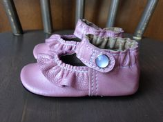 Custom Baby Shoes Ruffled Mary Jane Shoe Pearlized by Podsshoes, $32.00