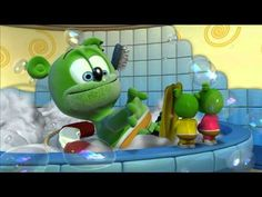 YouT km ejiqkmx Mb f un y o aiiiaul k de en que quoube Roasted Cabbage, Funny Bears, Frozen, Youtube, Love Pictures, Yoshi, Cheerleading, Bubbles, Wings
