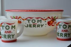 RARE McKEE TOM & JERRY 7pc PUNCH BOWL ~ White Milk Glass Red Trim w/ Bell