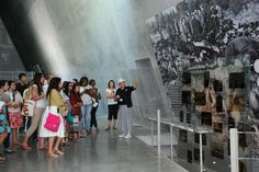 Students from @USCedu study an exhibit in Yad Vashem's Holocaust History Museum 12/6/12