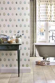 Using wallpapers to decorate walls in the bathroom is a matter of choice. It is perhaps because it is easier and cheaper than paint. Besides, you can choose any patterns, graphics, or pictures that you like. You can get them in one piece of wallpaper. Aqua Wallpaper, Wallpaper Direct, Bathroom Wallpaper, Wallpaper Ideas, Blue Green Bathrooms, Duck Egg Blue Bathroom, Bathroom Green, Bathroom Interior, Cast Iron Bath