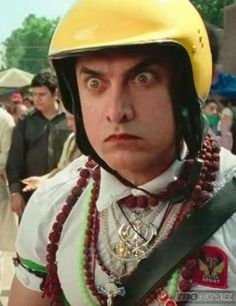 Aamir Khan's style in PK is very, very unique! Check out his amazing pictures on http://momoviez.com/